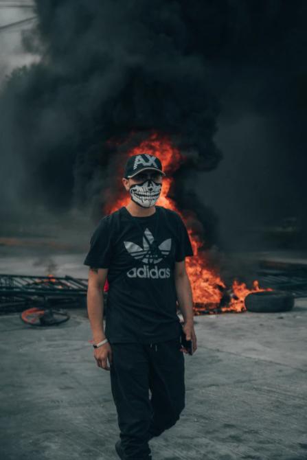 אלימות מילולית בהפגנות